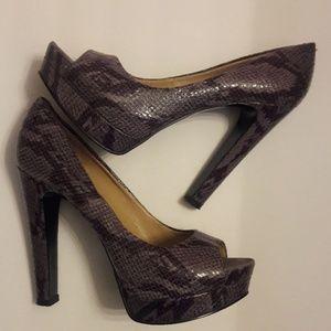 Nine West/ Snakeskin Print/Peep Toe/Platform Heels